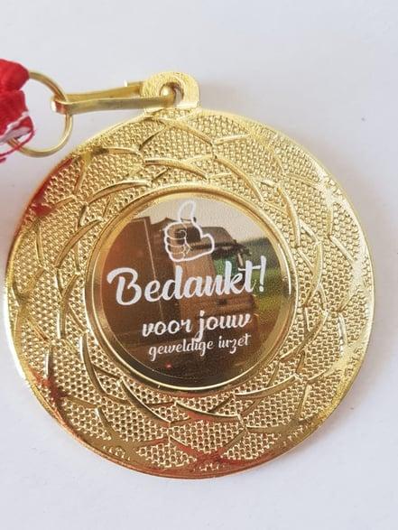 jumbo medal reward employee-1